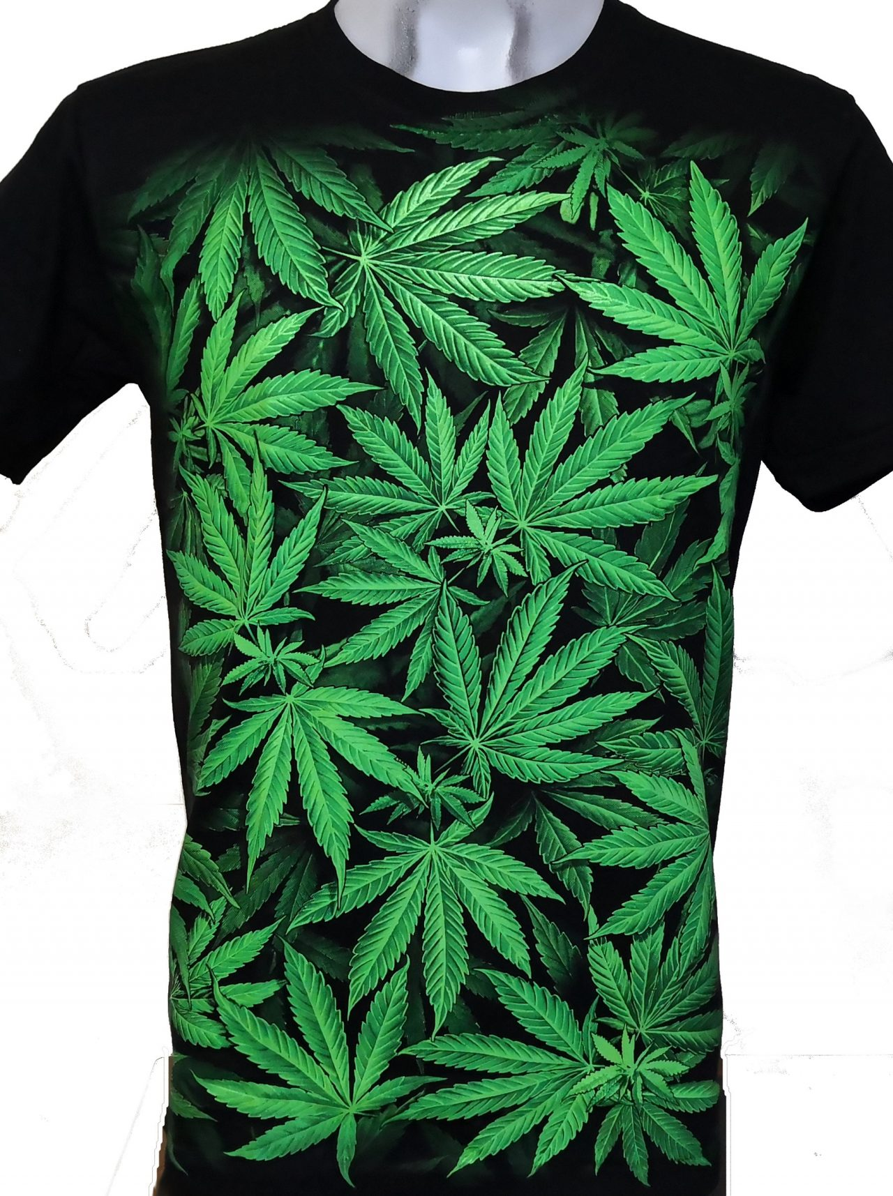 http://webpmq.ca/wp-content/uploads/2021/04/weed-t-shirt-1280x1715.jpg